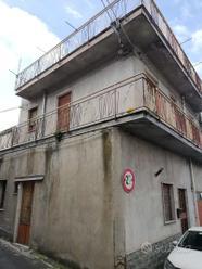 CASA INDIPENDENTE CENTRO STORICO DI MALETTO (CT)