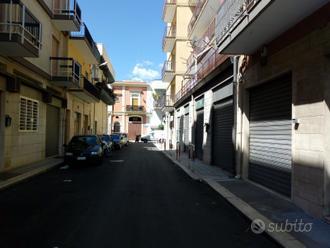 Locale commerciale o abitazione in via Gelsi