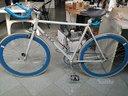 Bici fixed single speed accessoriata