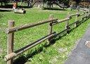 pali-in-pino-tornito-per-recinzioni