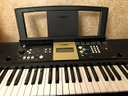Tastiera Yamaha YPT-220