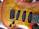 Fender Showmaster SSS FLAME ASH TOP