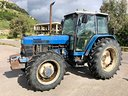 Trattore gommato ford new holland 8140