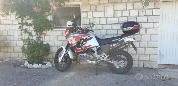 Africa twin 750 rd07a