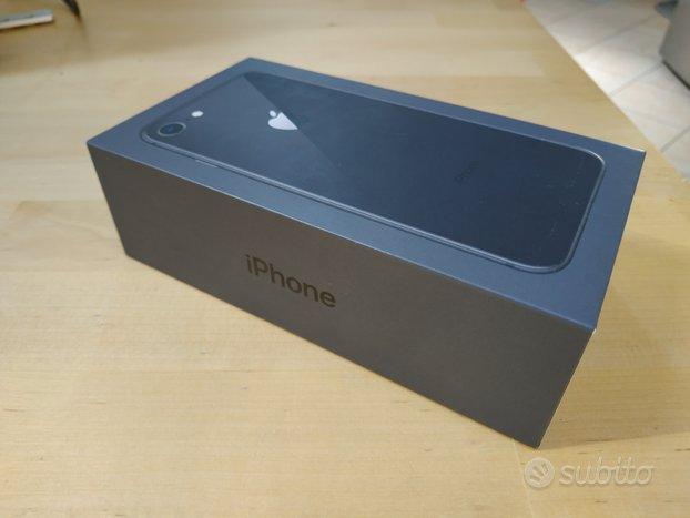 Iphone8 64 GB scatola
