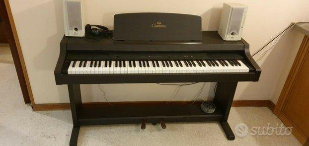 Pianoforte clavinova yamaha clp 311