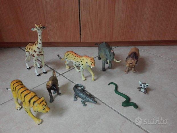 Animali in plastica