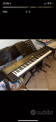 Stage piano Roland RD700