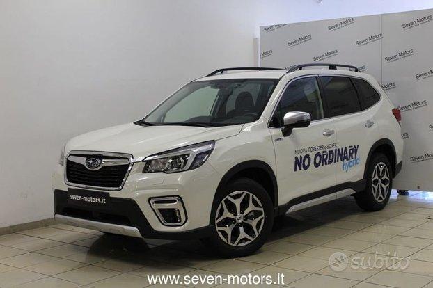 Subaru Forester 2.0 e-Boxer MHEV Lineartronic...