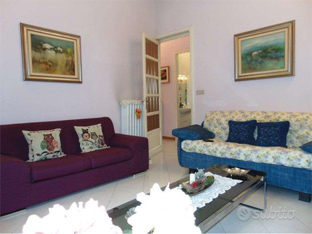 Appartamento con tre camere e Mq. 35 di terrazzo