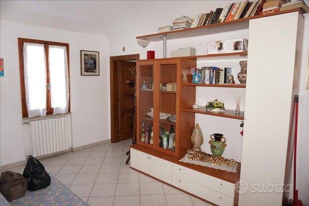 Rif.AP579  appartamento trilocale