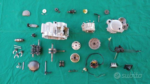 Ricambi motore Husqvarna 125 2t