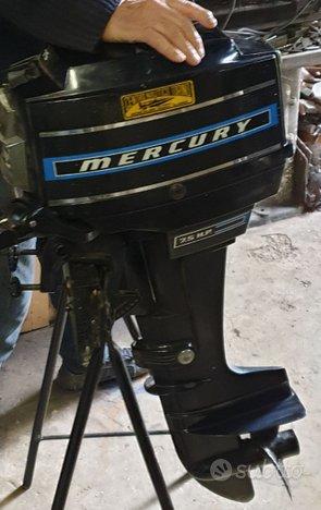 Fuoribordo d'epoca Mercury MERC 7.5