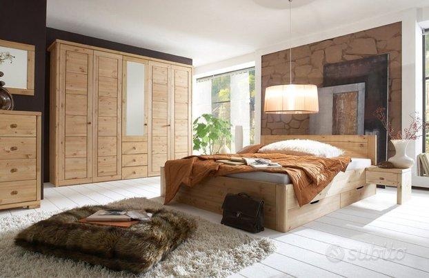 Camera matrimoniale in legno di pino massiccio for Subito it arredamento udine