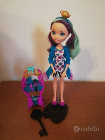 Bambola Ever After High Madeline Hatter Sleep
