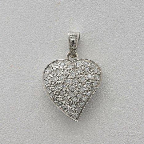 Ciondolo heart oro 18kt pave' di brillanti 0,45 ct