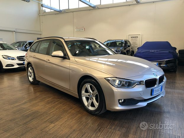 BMW Serie 318d touring Business auto