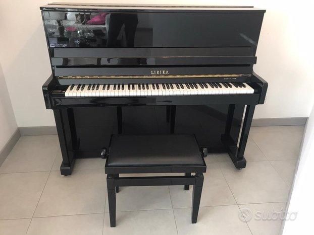 Pianoforte verticale Lirika