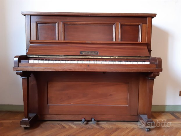 Pianoforte Russell Russel Ltd