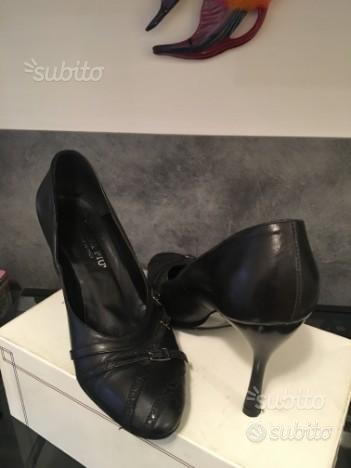 Scarpe décolleté pelle nere