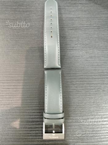 Cinturino in pelle grigio