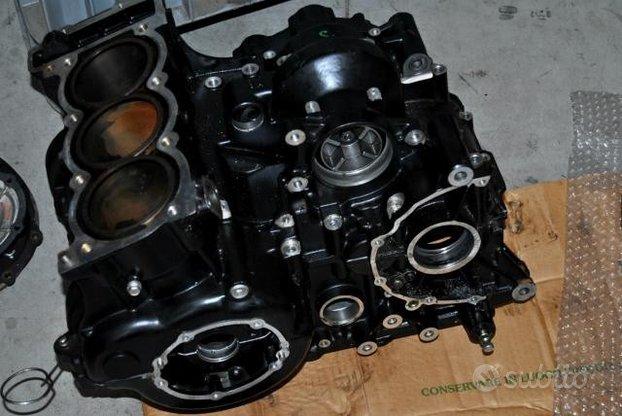 Triumph speed triple 885 carter motore
