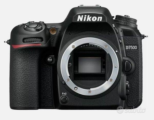 Corredo fotografico completo Nikon MAI Usato-Nuovo