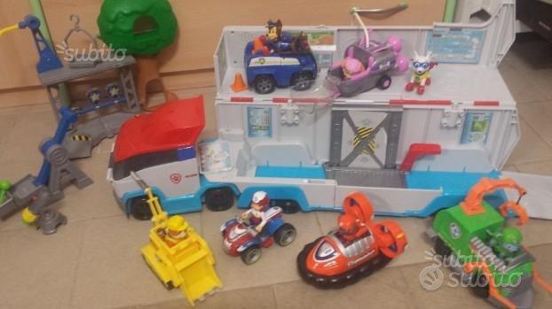 Camion Paw Patrol,cuccioli,veicoli,centro addestra