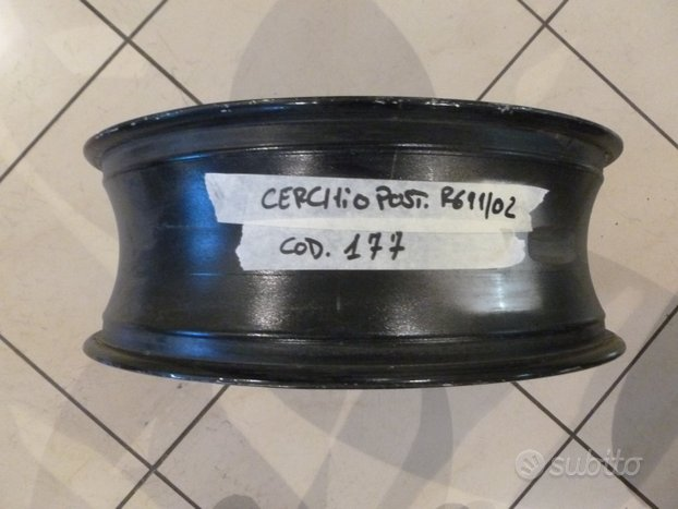Cerchio posteriore yamaha r6 99-02 cod177