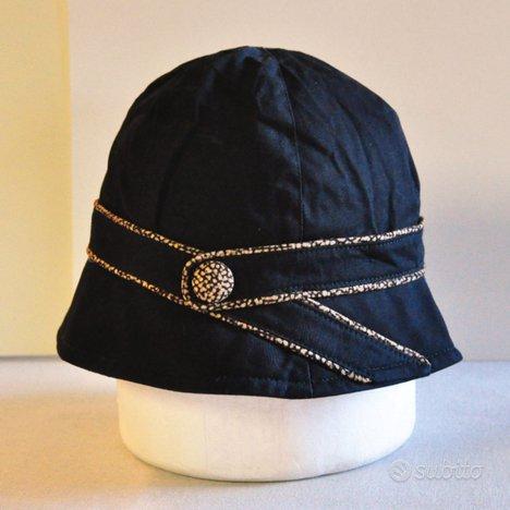 Cappello Cloche con cinturino Borbonese
