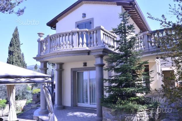 Stupenda villa panoramica a passignano