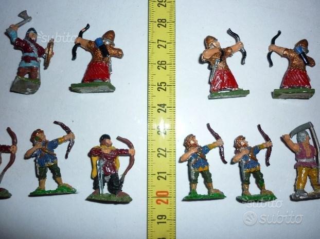 Soldatini medievali in piombo