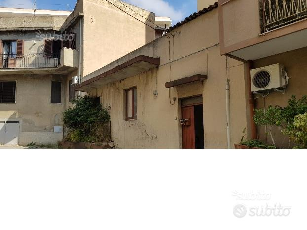 Via Eremo - Casa Indipendente con terrazzo