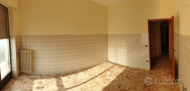 Appartamento in pieno centro a Turi 4 vani 120mq