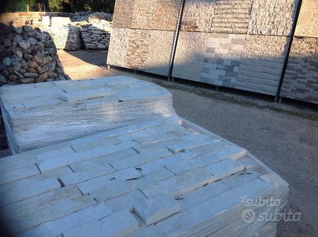 Lastre di pietra lavorate x rivestimento