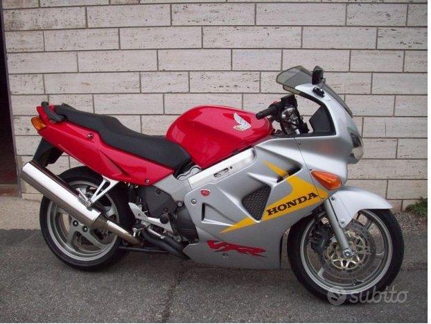 Honda VFR 800 - Bicolore