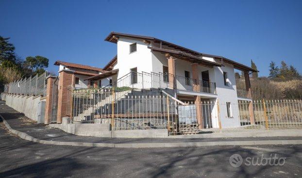 Villa Indipendente a Montechiaro
