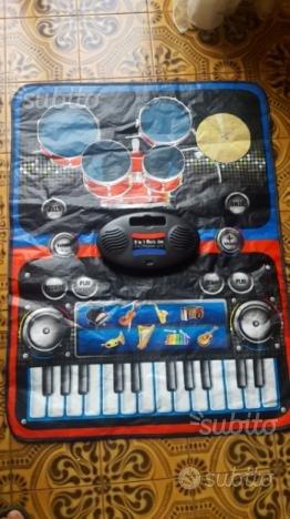 Pianola e batteria giocattolo ED ALTRI GIOCHI