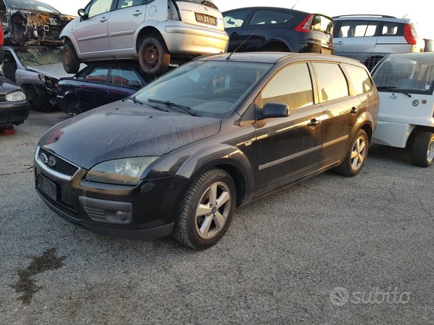 Ford focus 2005 sw station wagon ricambi