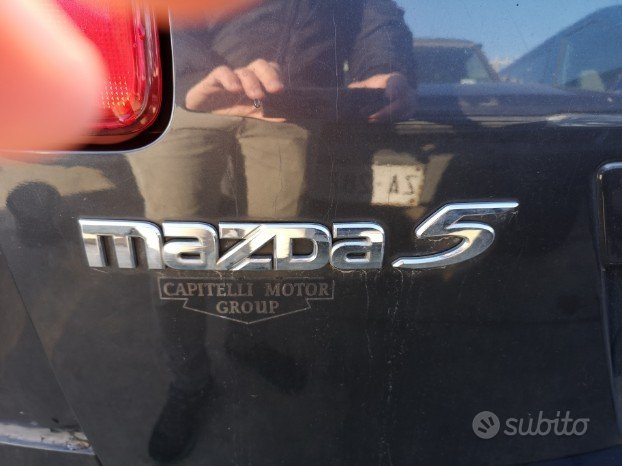Mazda 5 per pezzi di ricambi
