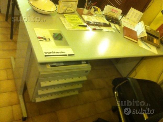 Olivetti scrivania serie 45