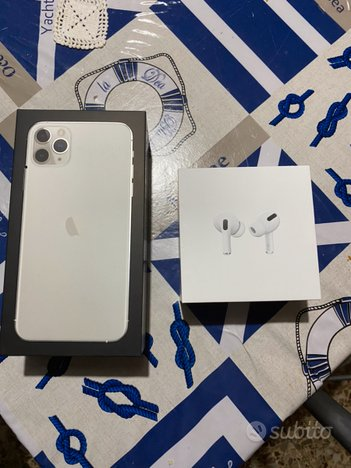 IPhone 11 Pro max + AirPods pro