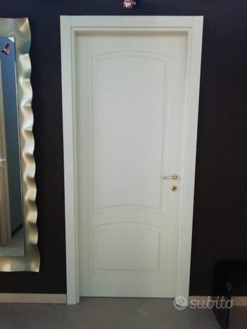 Porta interna laccata avorio crema per foro 85x212