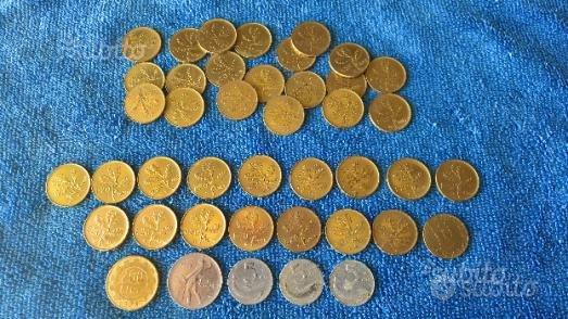 Monete da venti lire 5 lire e 200 lire