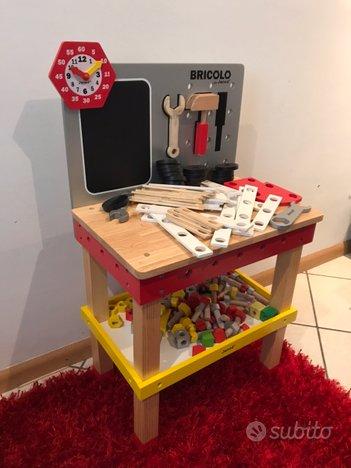Banco da falegname in legno per bambini