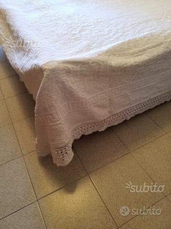 Copriletto siciliano antico