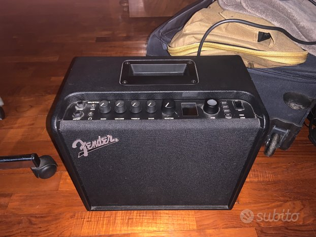 Fender mustang lt 25 come nuovo