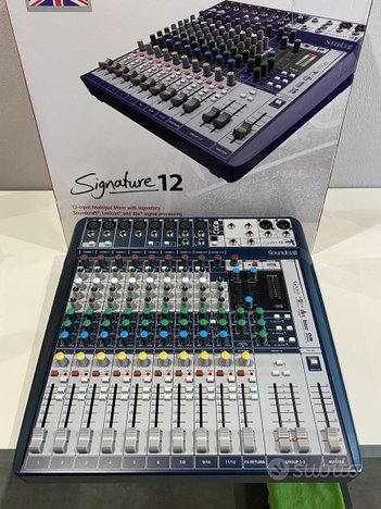 Mixer Soundcraft Signature 12( eventuale fligh ca