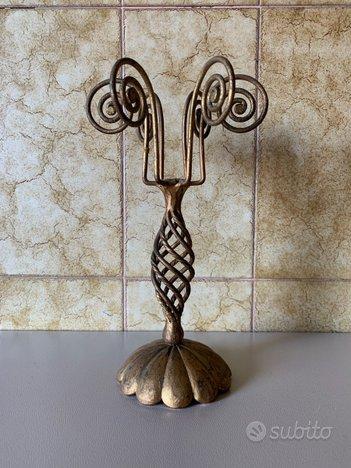 Candelabro antico in ferro battuto