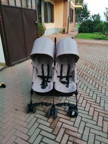 Passeggino gemellare